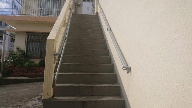 車椅子階段介助を提供した15段ほどの階段環境