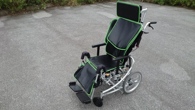 miki リクライニング車椅子ネクスト